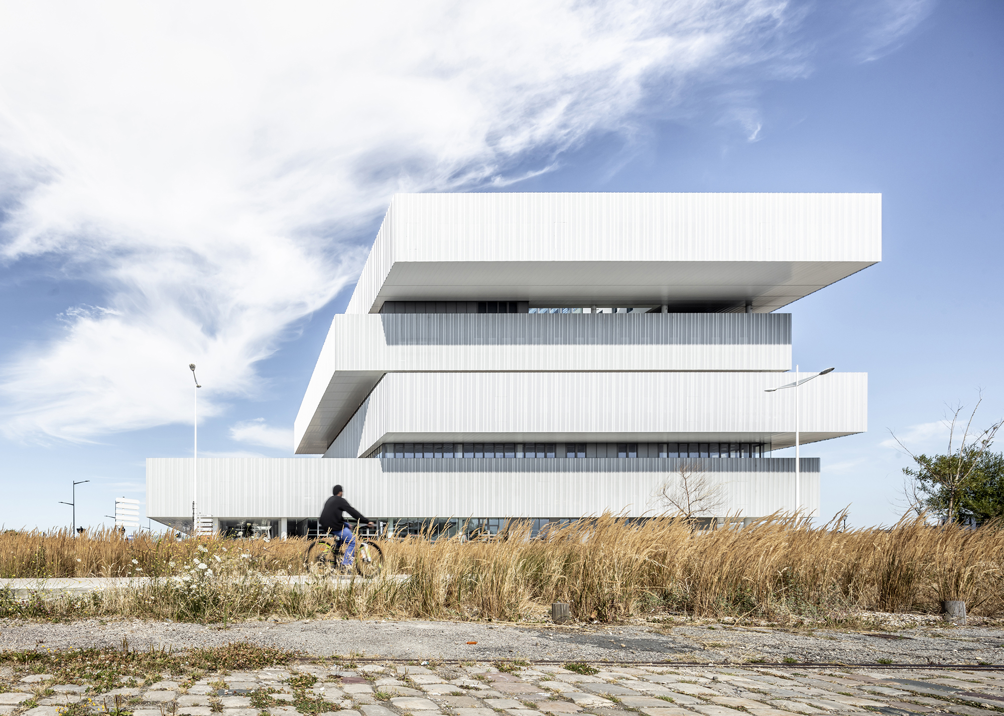 Architecture numérique - Cité numérique et EMN du Havre_Architecture numérique_Groupe-6